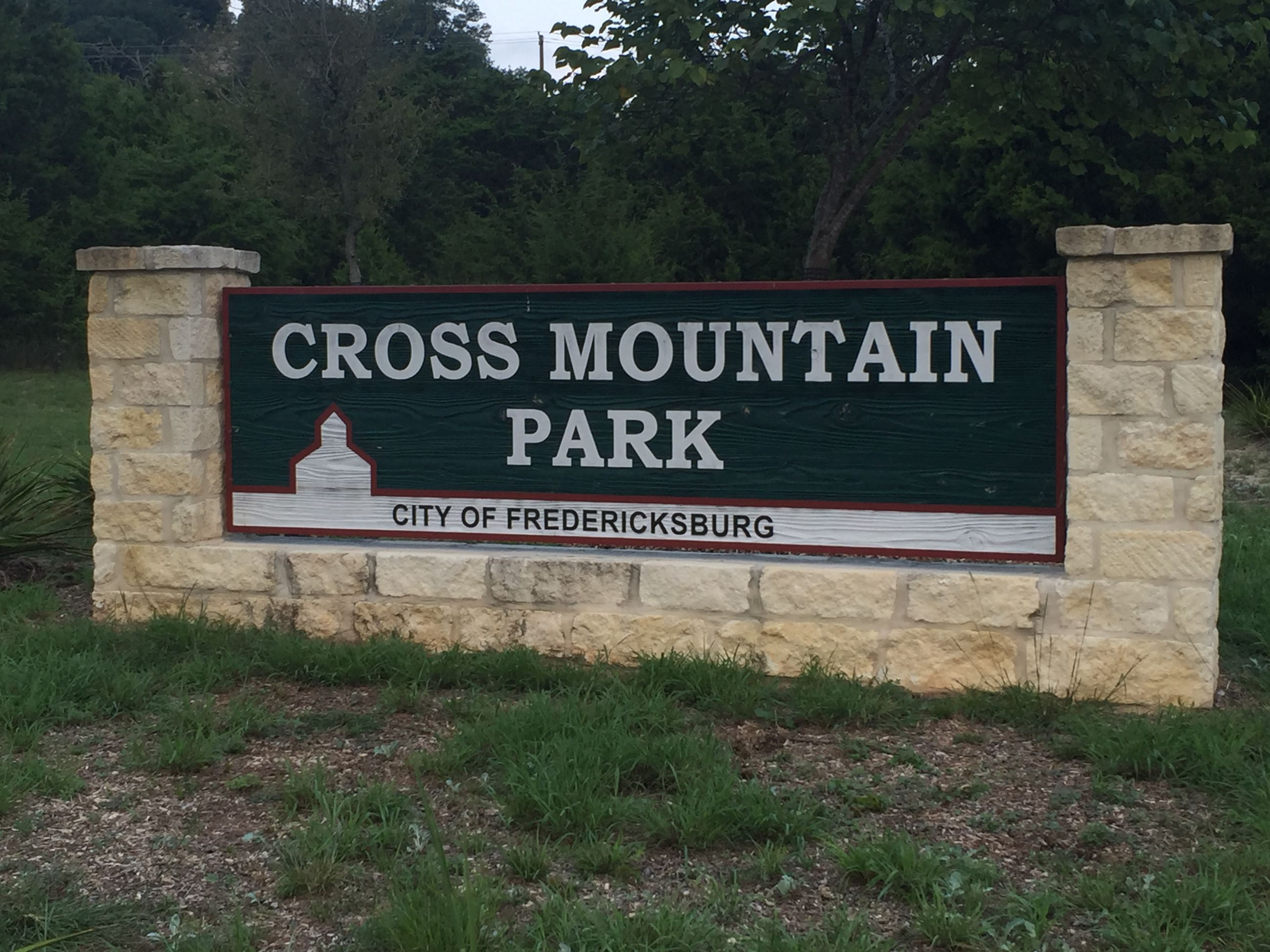 Cross Mountain Park entry sign